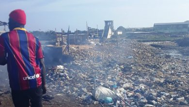 Photo of Unsung & undervalued: How a plastic waste collector in Ghana risks his life to defend our ecosystem
